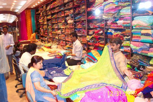 Madras on New Year Eve_Saris Man Mandir_0824